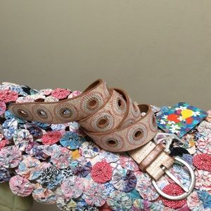 Fossil Accessories - FOSSIL Rustic Circle Cut Out Leather Belt